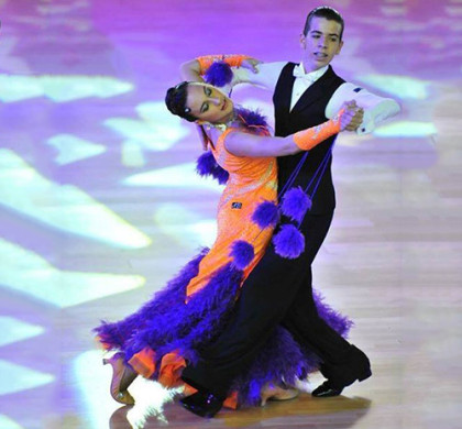 Bailes de salón standard. Adrián y Ana